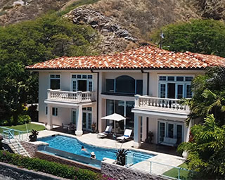Recently listed on the market, 3603 Diamond Head Road, Honolulu, Hawaii 96816. Long & Associates AIA - hawaii architects, custom luxury home design